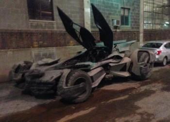 Snyder nos presenta el Batmóvil